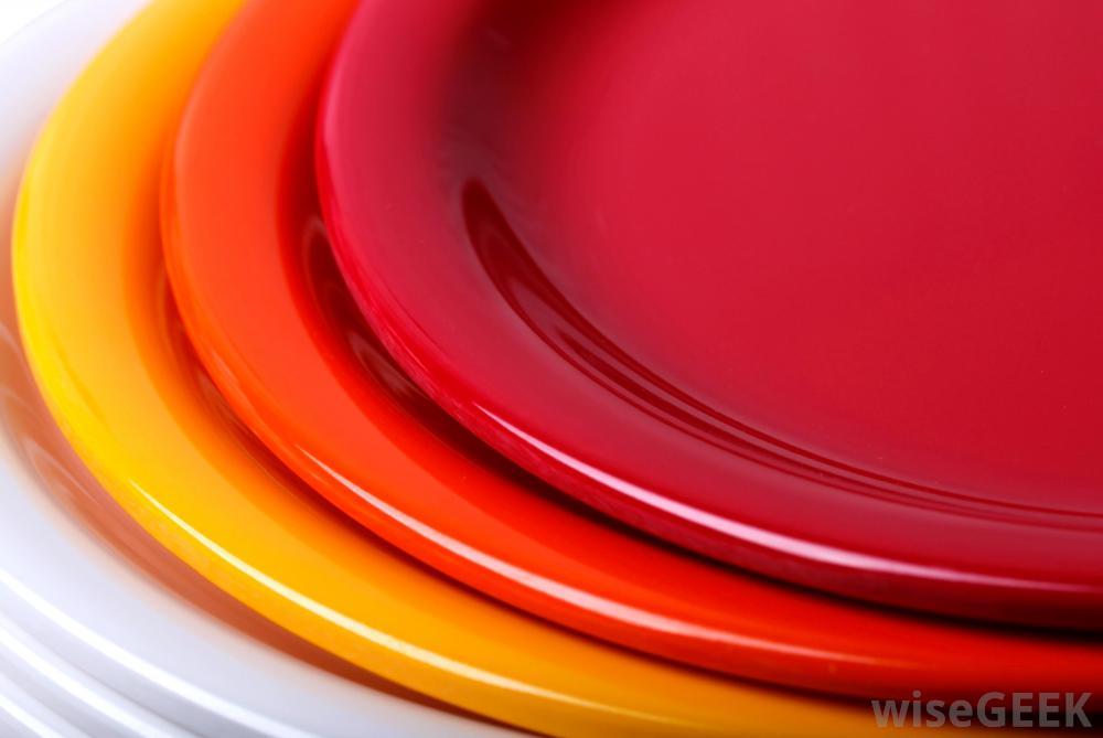 plastic-plates